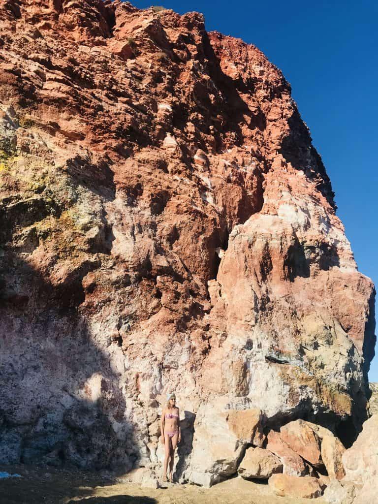Spiaggia di rocce colorate a Milos