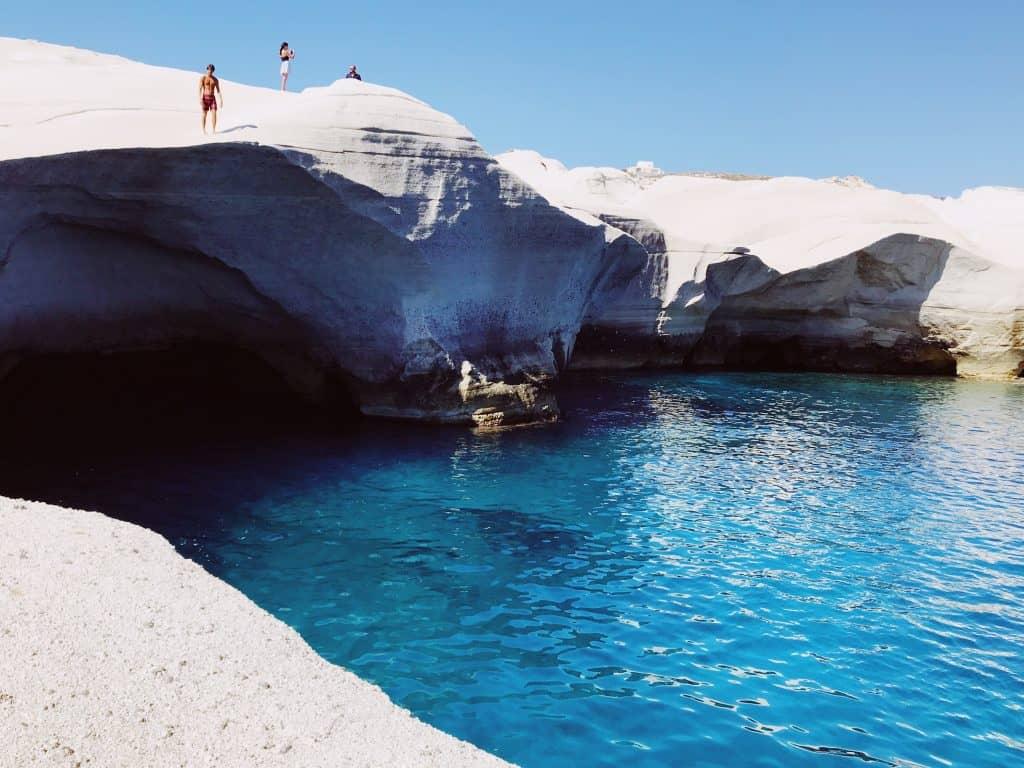 Sarakiniko- la spiaggia lunare più famosa di Milos